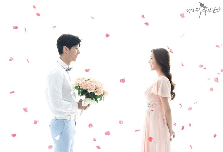 Korean Studio Pre-Wedding Photography: Studio by Nadri Studio on OneThreeOneFour 32