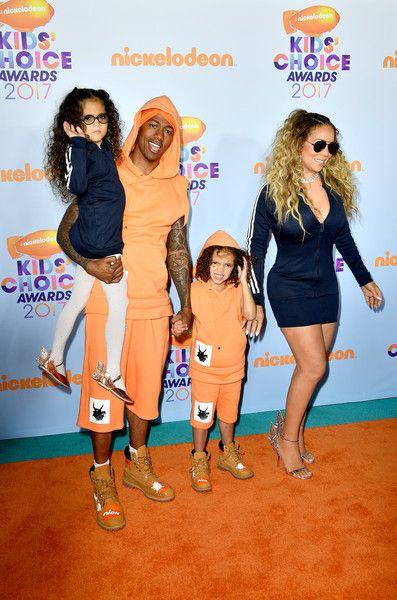 Mariah Carey Photos Photos - Singer Mariah Carey at Nickelodeon's 2017 Kids' Choice Awards at USC Galen Center on March 11, 2017 in Los Angeles, California. - Nickelodeon's 2017 Kids' Choice Awards - Arrivals