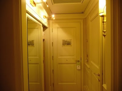 Corona d'Oro Room's Doors
