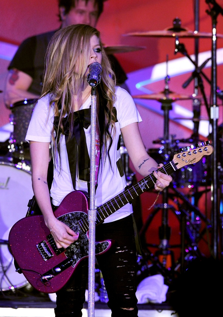 I used to love Avril Lavigne. Most kids liked Britney Spears of NSYNC, but I thought I was cool with Avril.