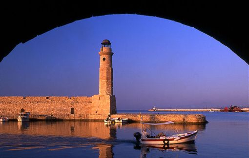 The lighthouse at the Venetian harbour!