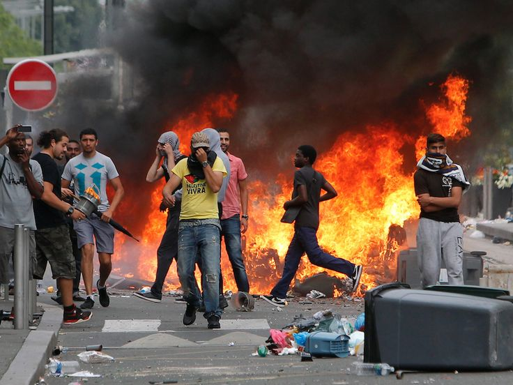 Marine Le Pen has warned that Paris is on the brink of a total civil war, as media outlets across Europe refuse to report on the situation.