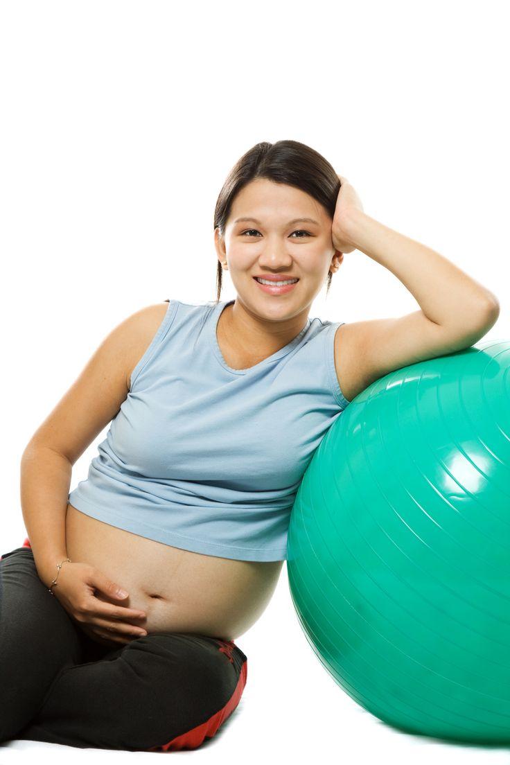 Ballon d'exercice pour femme enceinte www.magrossessenaturelle.fr / Toutes les clés sur la grossesse et l'accouchement au naturel
