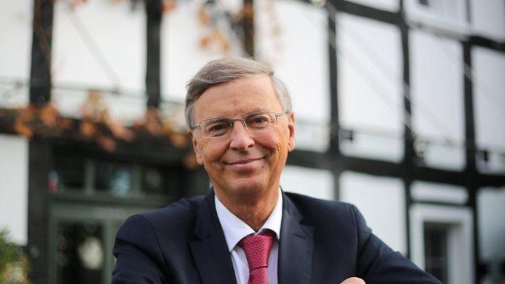 Politiker Wolfgang Bosbach wird «Aalkönig des Rheinlandes» - Bild.de