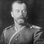 Tijdens de Eerste Wereldoorlog regeerde de Tsaar Nicolaas II in Rusland. De Tsaar regeerde met de harde hand en dit zorgde voor veel onrust, armoede en  een grote achter uitstand op de industrialisatie in Rusland. In Februari kwam er een revolutie en die werd later bekend als de Februarirevolutie. In deze revolutie is de Tsaar afgezet en daarbij ook zijn volledige familie uitgemoord. Men wilde geen kans meer op een leider die ook maar iets met Nicolaas gemeen had.