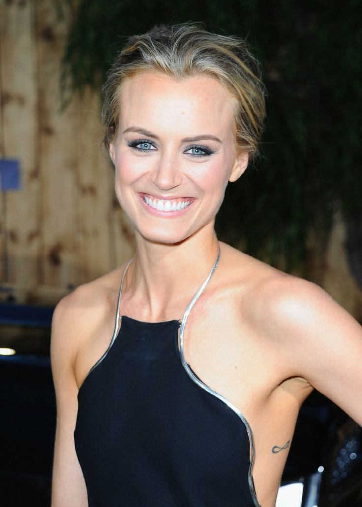 Taylor Schilling - The Lucky One movie premiere LA