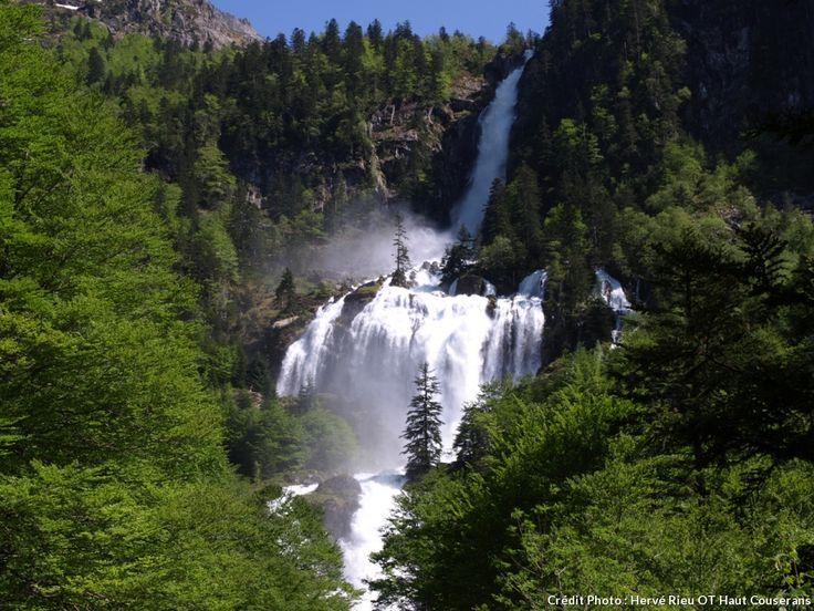 La cascade d'Ars à Aulus-les-Bains (Ariège)