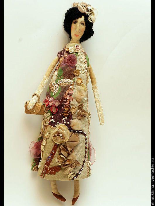 Купить недорогой подарок.Кукла ручной работы.Подарок актрисе.Подарок подруге.Модная дама.Подарок театралке. Интерьерная кукла.Оригинальная вышивка.В единственном экземпляре.Необычный подарок.Подарок