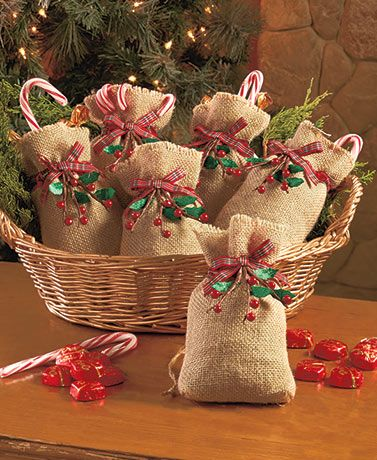 1000 ideas about christmas treat bags on pinterest Burlap bag decorating ideas