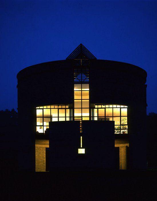 Casa rotonda by Mario Botta, Stabio, Svizzera 1981-1982 - Photo Roberto Sellito © Courtesy Mario Botta Architetto
