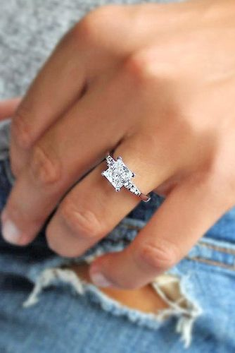 """24 Engagement Rings That Will Make You Say, """"I Do!"""""""