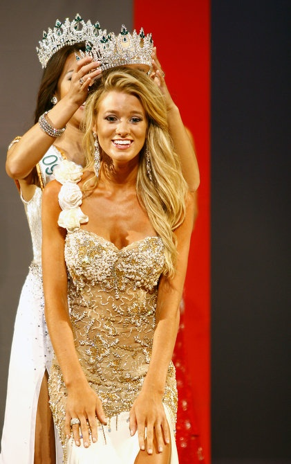 Win A Pageant: Mrs. Division that is! ;)
