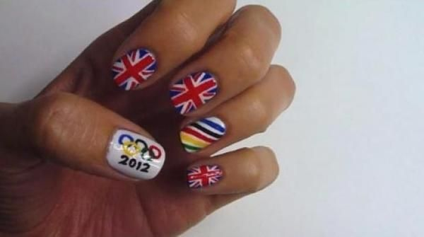 Olimpiadi Londra 2012: Olympic nail art per unghie decorate a tema (video tutorial)