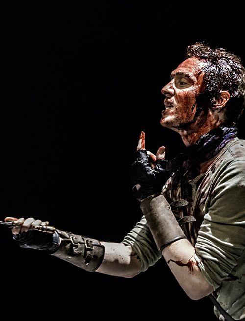 Tom Hiddleston as Coriolanus. Full size image [UHQ]: http://i.imgbox.com/YN2zzyIq.jpg