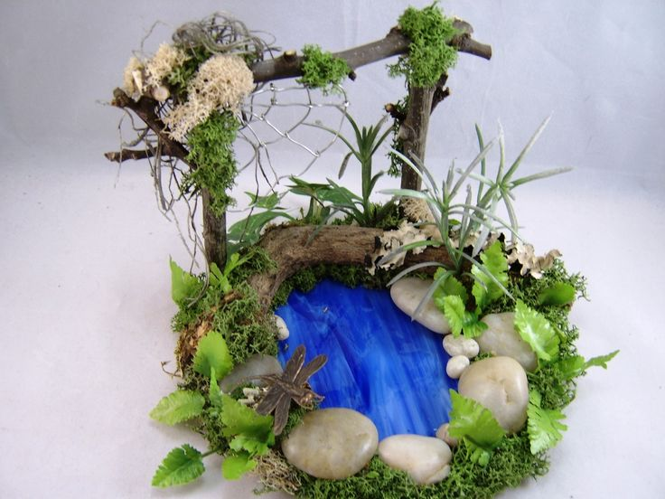 Miniature pond dollhouse garden fairy display for Miniature fish pond