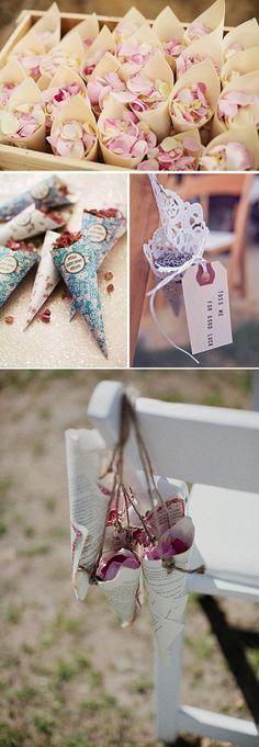 Cómo organizar tu boda: La Ceremonia. Conos para los petalos #weddingideas #weddingdecor #decoracionbodas