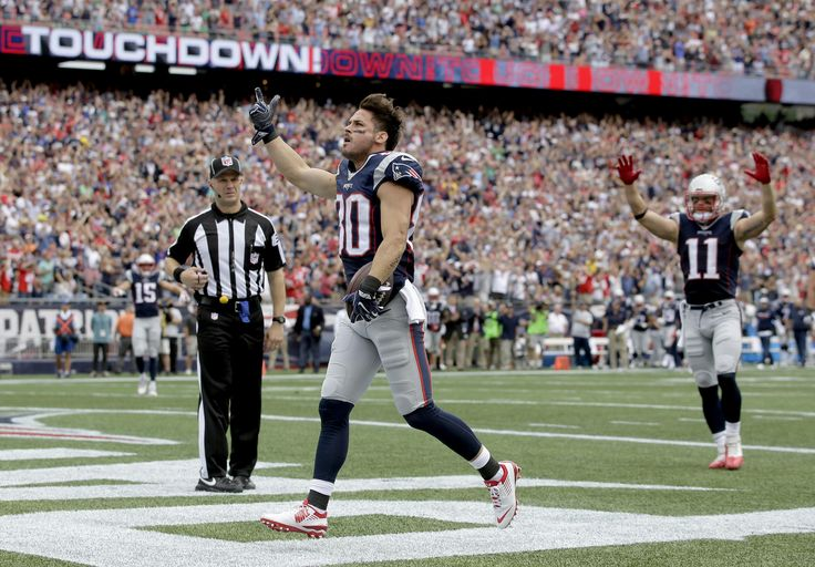 View the best images from the Patriots Week 2 game against the Miami Dolphins at…
