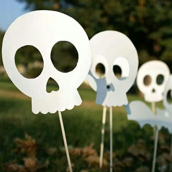 paper sidewalk skulls for halloween do these w white foam craft sheets and they should be more weather resistant than paper