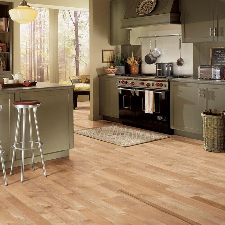 Bruce American Originals Country Natural Maple 5/16 in. T x 2-1/4 in. W x Random L Solid Hardwood Flooring (40 sq. ft. / case)