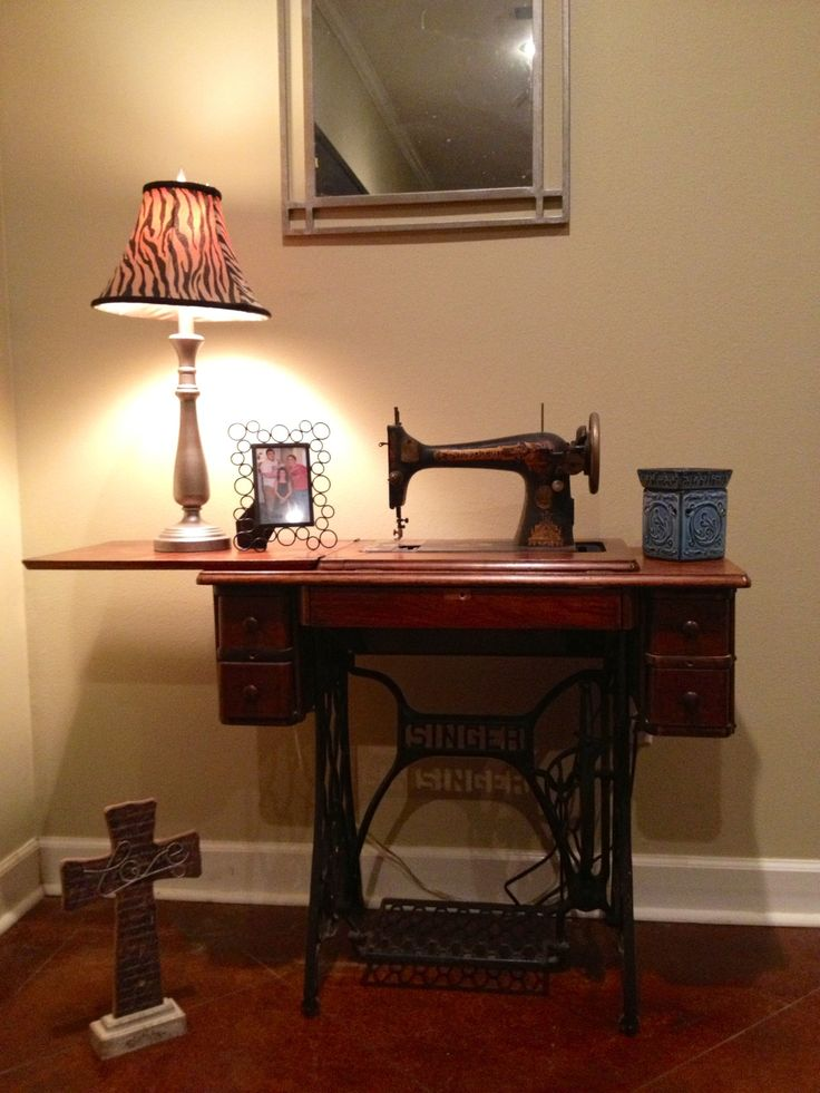 Decorating with Antique Sewing Machine