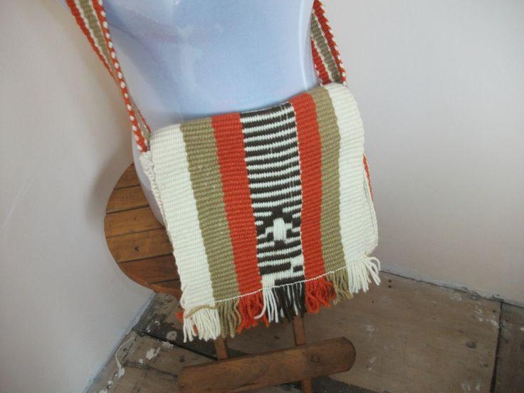 Morral ,tejido en telar mapuche