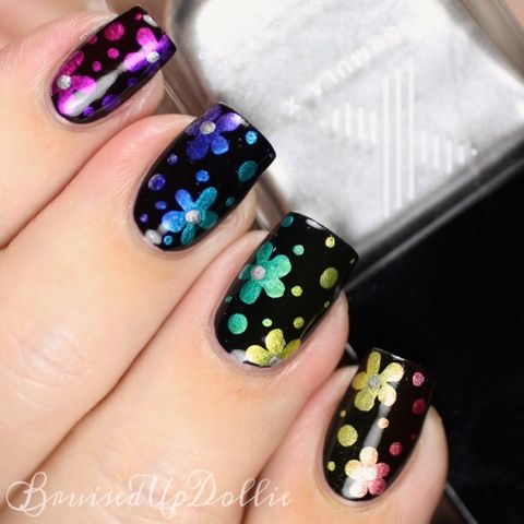 BruisedUpDollie Nails