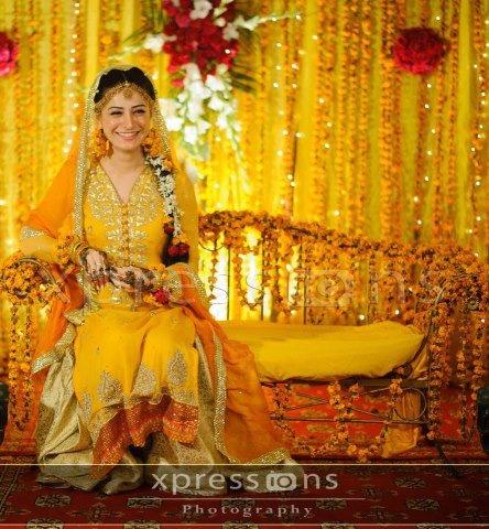 Gorgeous Pakistani Mahdi bride