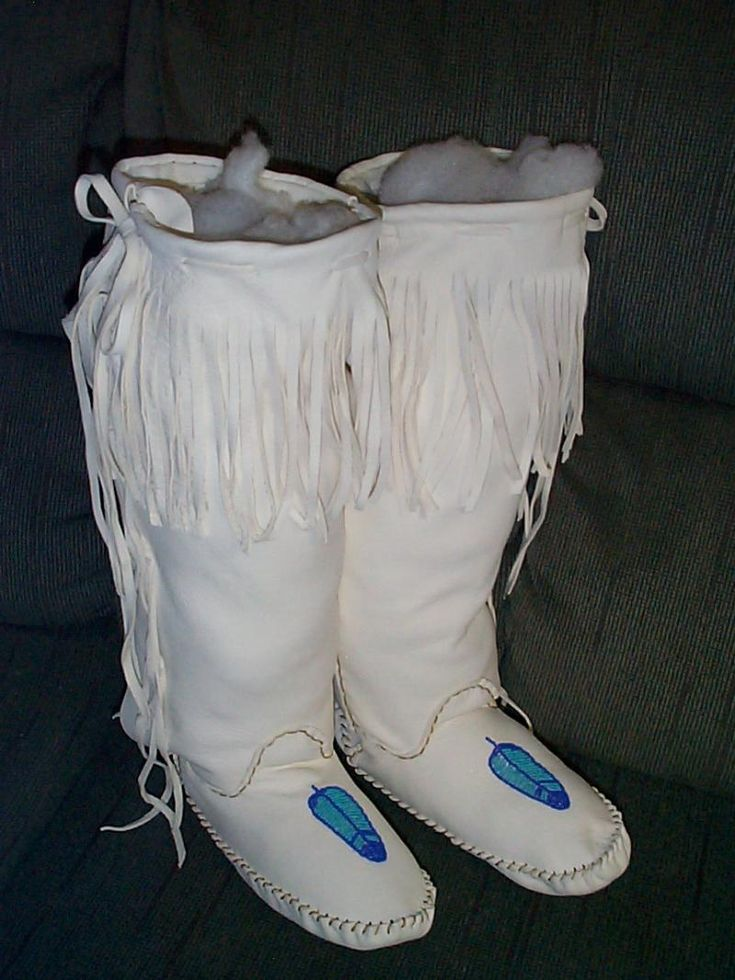 Native American Moccasin Patterns | moccasins feather beadwork