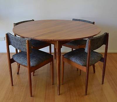 retro mid century danish modern round solid timber Sassafras 4 to 6 dining table
