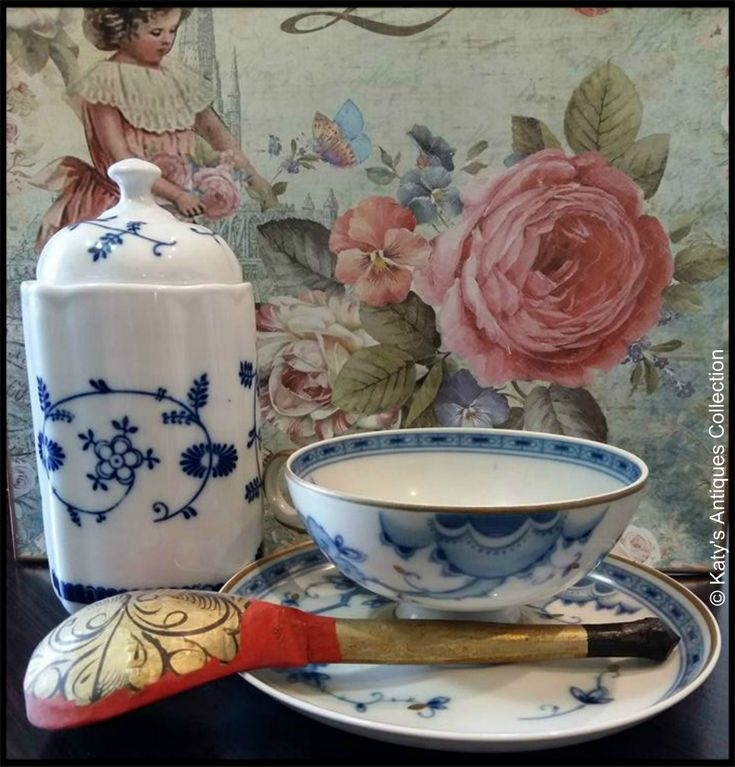 Cups and saucers - Fine porcelain tea cup and saucer, Wallendorf - Echt Kobalt - made in GDR, c. 1963 and Russian decorative wooden spoon. katysantiquescollection.simplesite.com