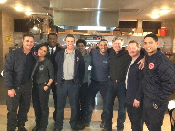 meet chicago fire and pd cast