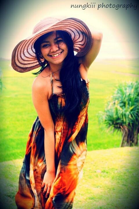 model:dheadhe wardrobe:dheadhe photographer:nungkiii .timbutubeach.garut.indonesia