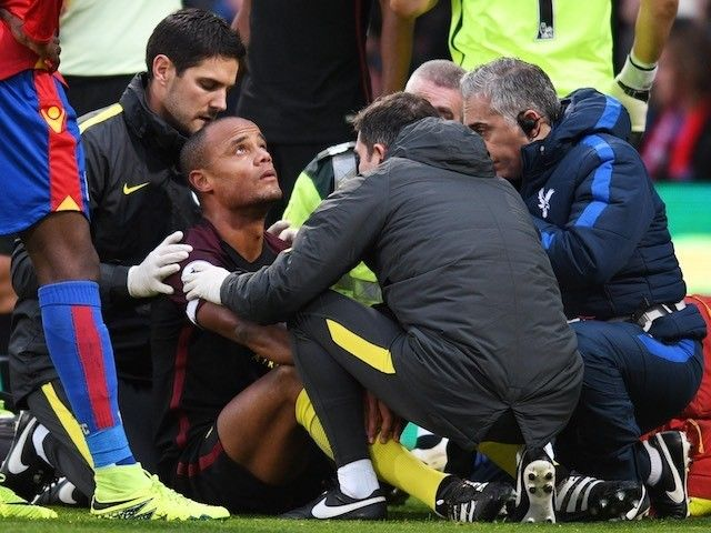 Vincent Kompany misses Manchester City training ahead of Champions League tie #Injury_News #Manchester_City #Football