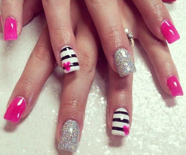 Pink and black nails art