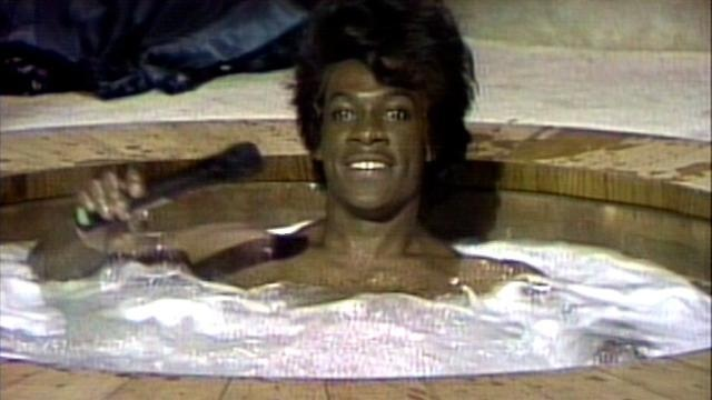 James brown celebrity hottub - video dailymotion