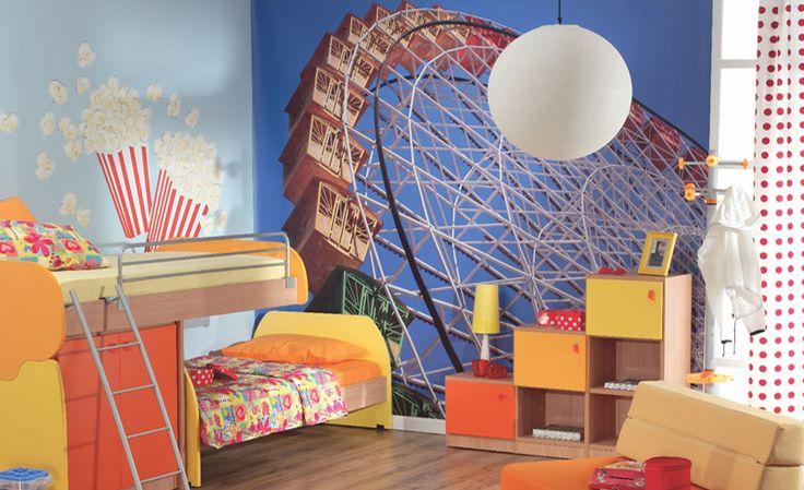 Λούνα πάρκ, πρωτότυπη φωτογραφική ταπετσαρία για παιδικό δωμάτιο σε συνδυασμό με ζωγραφική. Δείτε περισσότερες ιδέες διακόσμησης για το παιδικό δωμάτιο στη σελίδα μας  www.artease.gr