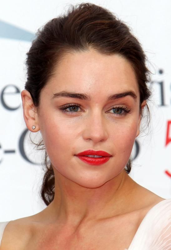 emilia-clarke-game-of-thrones-red-carpet-at-51st-montecarlo-television-festival-13 http://www.themoviefiftyshadesofgrey.com/anastasia-steele-candidates-for-50-shades-movie/