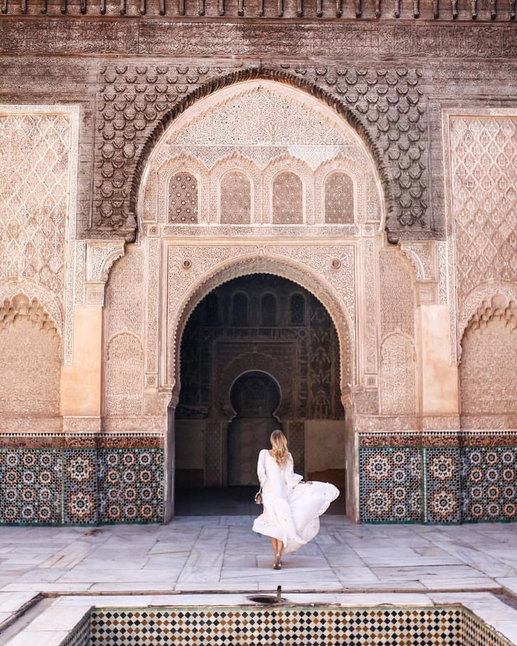 When your dress adds some drama to the ohh-so dramatic scenery.  #Marrakech #Morroco #Maroc