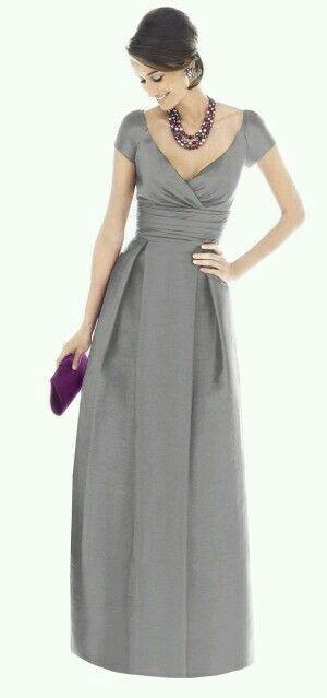 Vestido de noche gris metálico