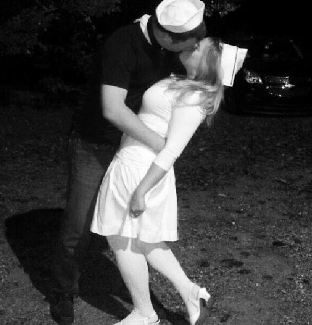 time square kiss halloween costume