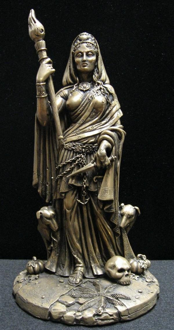 409 Best Hecate Queen Of The Witches Images On Pinterest Wicca