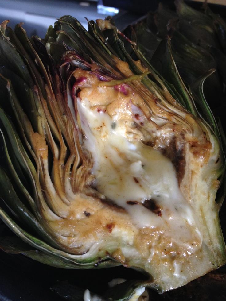 Alcachofas rellenas con queso, miel, mostaza y especias ** Artichokes with cheese, honey and mustard.