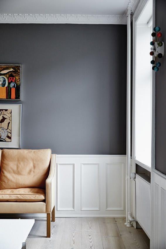 Villa til salg, København Ø - På solsiden i Kartoffelrækkerne Smukt istandsat kartoffelrækkehus udbydes nu til salg. Huset har gennemgået en total renovering med de absolut bedste materialer. Dinesen plank på alle tre etager, et moderne hvidt køkken fra Trend Snedkeri med bordplade i carrera marmor, badeværelse med badekar og et gulv i støbt beton samt et væld af fine originale detaljer, som alle er blevet sat nænsomt i stand. Et hus, der har bibeholdt sin historiske charme med sine…
