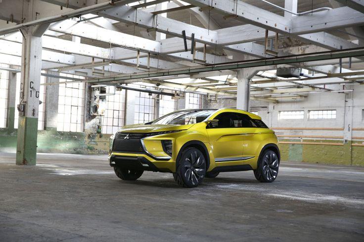 Na nowego Lancera lub jego sukcesora się raczej nie doczekamy. Jednak Mitsubishi od czasu do czasu pokazuje ciekawe koncepcyjne samochody. eX Concept przejedzie nawet 400 km, na jednym doładowaniu. Samochód będzie można zobaczyć na targach w Poznaniu. Więcej na temat: https://www.moj-samochod.pl/Nowosci-motoryzacyjne/Mitsubishi-pokaze-swoj-eX-Concept-z-Genewy-w-Poznaniu #Mitsubishi #MotorShow
