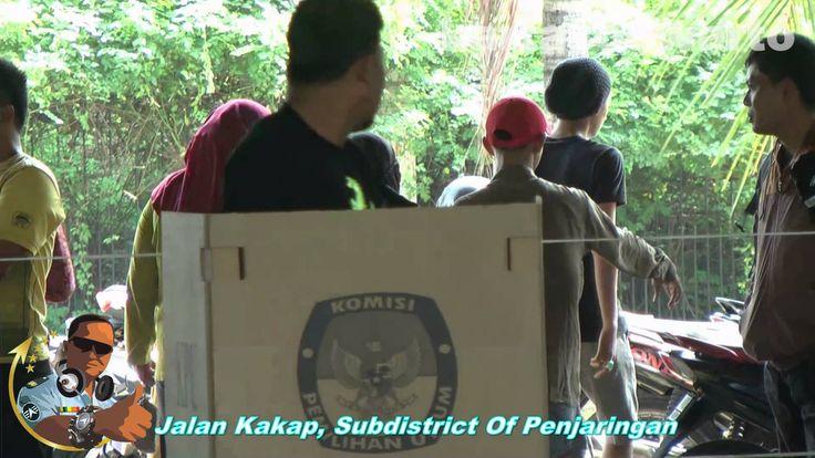 Indonesian Presidential Election - Jakarta 2014  Walaupun ada kepentingan dan campur tangan asing dalam berbagai pola termasuk menuver pada media. Namun Rakyat Indonesia sudah cerdas tidak mau diadu domba lagi dan diantisipasi sejak dini. Pemilu Presiden 2014 telah berjalan lancar.  Tinggal sabar menunggu PERHITUNGAN SUARA SECARA TOTAL RESMI DARI KPU pada 22 Juli 2014 mendatang.  KITA SIMAK VIDEO PENUH DAMAI DAN INDAH INI  SELAMAT MENIKMATI !