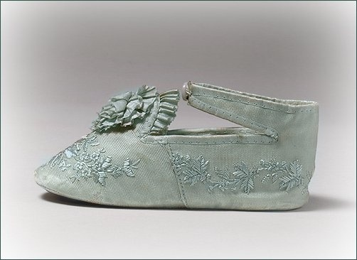 antique silk embroidered baby shoes ... c. 1876 ... photo courtesy Metropolitan Museum of Art