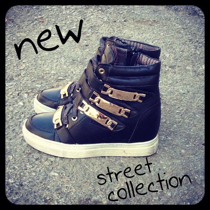 Sneakers !!!