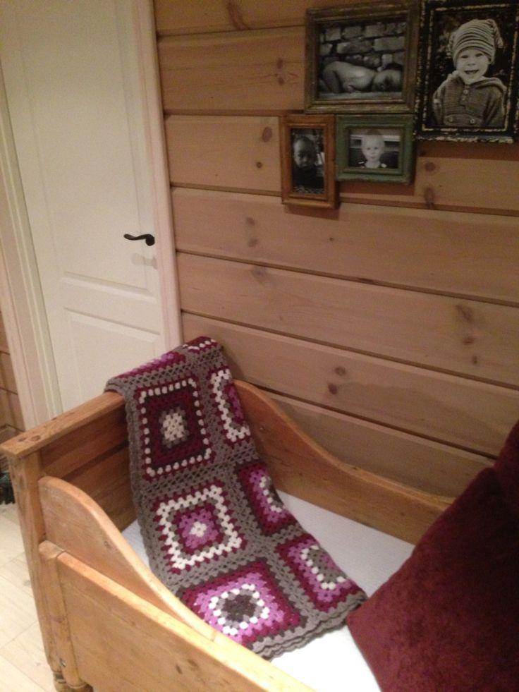 Mitt egenlagde oldemorsteppe på hytta