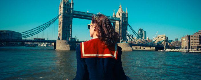 Liebe UHUs, des Öfteren poste ich günstige Städtereisen in die britische Hauptstadt London. Billige Flüge und bezahlbare Unterkünfte sind jedoch in London nicht wirklich das Problem. Diese Stadt ist teuer, eine der teuersten der Welt! Es beginnt beim öffentlichen Nahverkehr und endet beim Bier...
