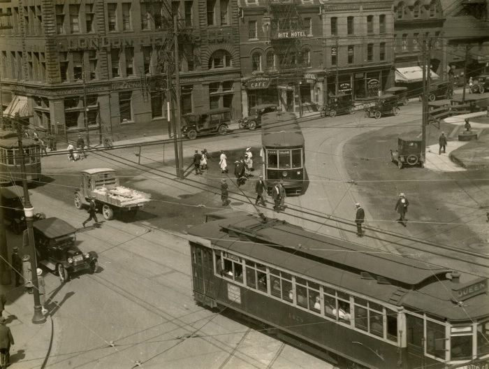 Toronto Transit Commission, Bay Street, looking north west from Queen Street West, 1922